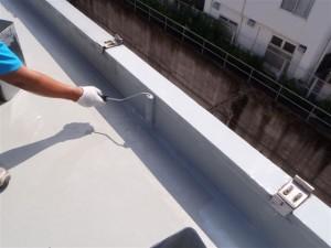 品川区 集合住宅 ウレタン防水 立上り ウレタン1層目写真