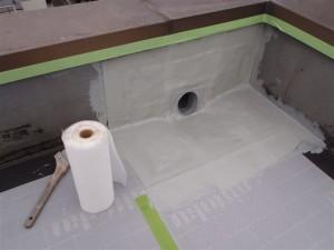 品川区 集合住宅 屋上防水 改修用ドレンメッシュ貼り写真