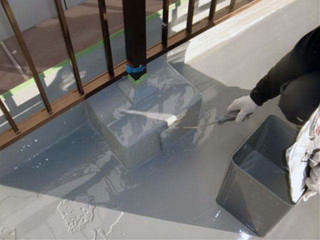 横浜市港北区屋上防水 立上り防水 ウレタン防水2層目写真